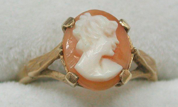 9ct Rose Gold And Carved Cameo Ring