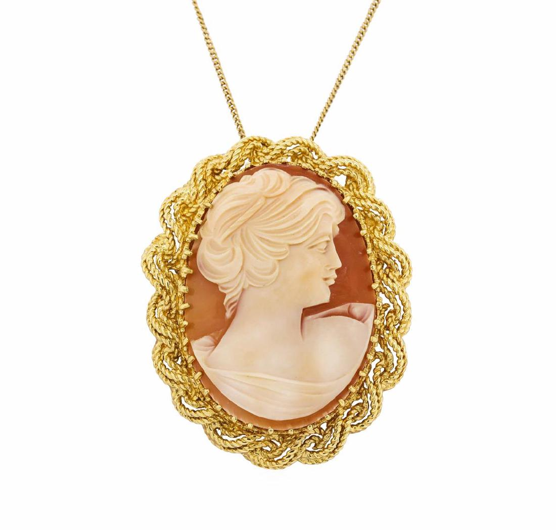 18KT Yellow Gold Cameo Pin/Pendant with Chain